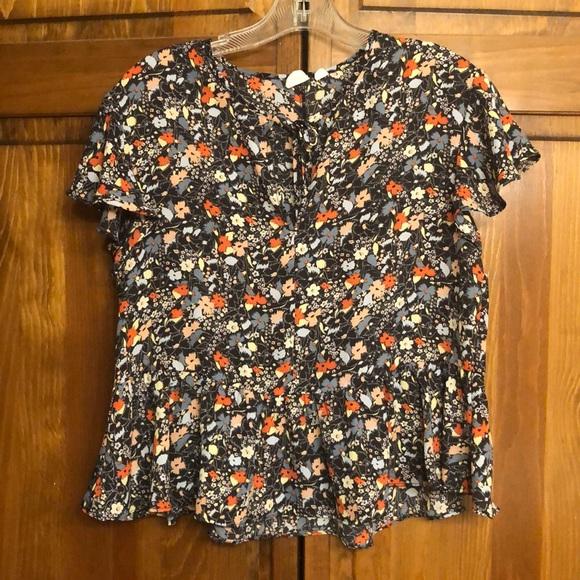 GAP Tops - Floral blouse, peplum